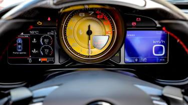Ferrari Portofino - dials