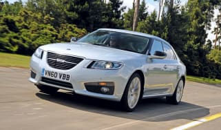 Saab 9-5 front tracking