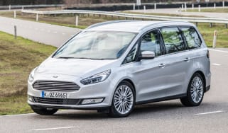 Ford Galaxy AWD - front