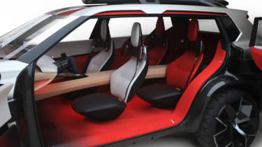 Nissan Xmotion Concept - interior red
