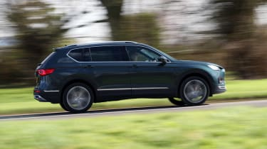 SEAT Tarraco - side action