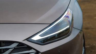 Hyundai i30 - headlight