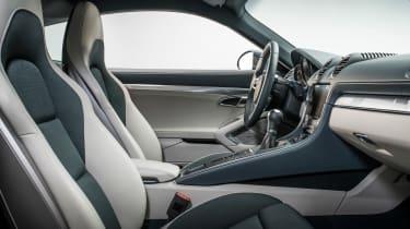 Porsche 718 Cayman - front seats