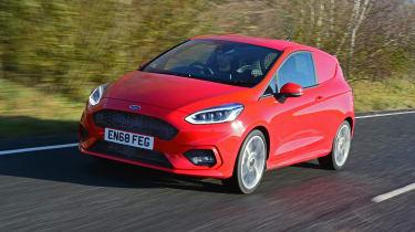 Ford Fiesta van - side tracking