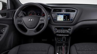 Hyundai i20 facelift - dash