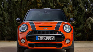 MINI Hatch - full front
