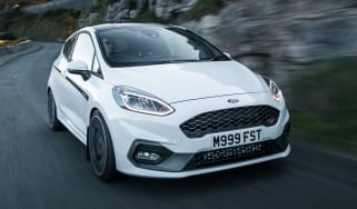 Ford Fiesta ST Mountune - front tracking
