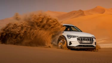 Audi e-tron - off-road front