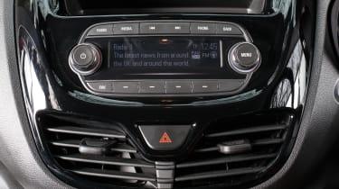 Vauxhall Viva Rocks - centre console