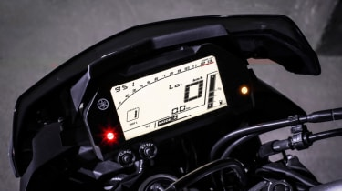 Yamaha MT-10 review - dash