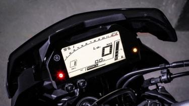 Yamaha MT-10 review - dash