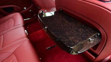 Bentley Mulsanne Speed 2017 - rear seat tray