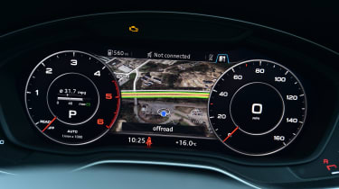 Audi Virtual Cockpit - half Google Maps