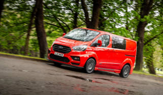 Red MS-RT Ford Transit Custom front