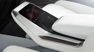 Audi Q8 SUV - rear console