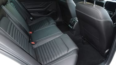 Volkswagen Passat GTE Estate - rear seats