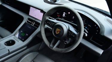 Porsche Taycan 4S - interior