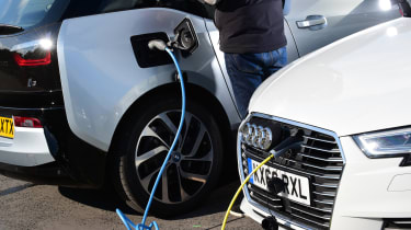 BMW i3 vs Audi A3 e-tron - charging