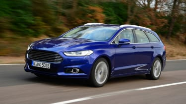 Ford Mondeo Estate 2015 front tracking