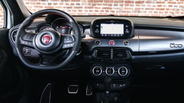 Fiat 500 X Sport - dash
