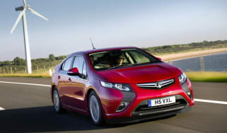 Vauxhall Ampera front track