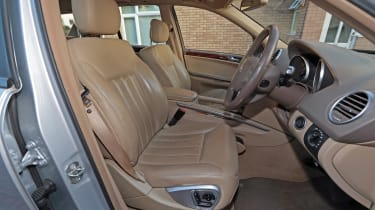Used Mercedes M-Class - front seats