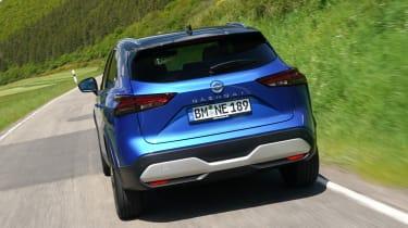 Nissan Qashqai - rear tracking