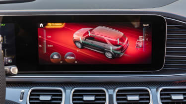 Mercedes-AMG GLE 53 - infotainment