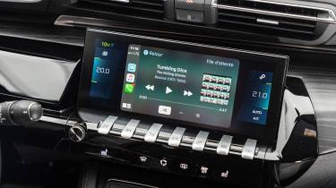 Peugeot 508 Hybrid - infotainment