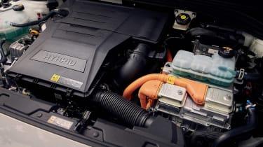 Hyundai Ioniq Hybrid - engine