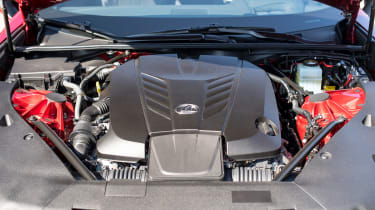 Lexus LC 500 - engine