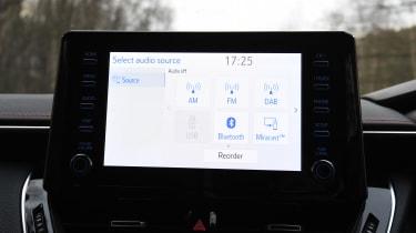 Toyota Corolla - infotainment