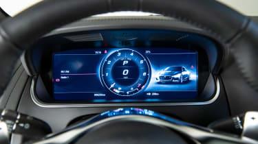 Jaguar F-Type - instrument dials