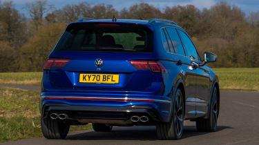 Volkswagen Tigun R - rear action