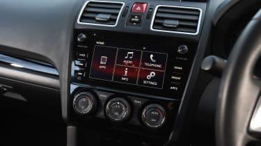 Subaru WRX STi Final Edition - infotainment