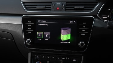 Skoda Superb iV Estate - infotainment