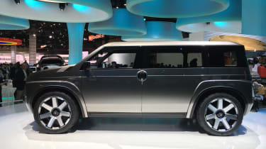 Toyota Tj Cruiser concept - Tokyo side