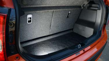 Suzuki Ignis - boot