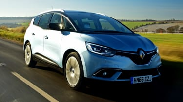 Renault Grand Scenic - front