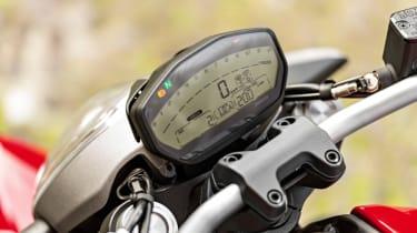Ducati Monster 821 review - speedo