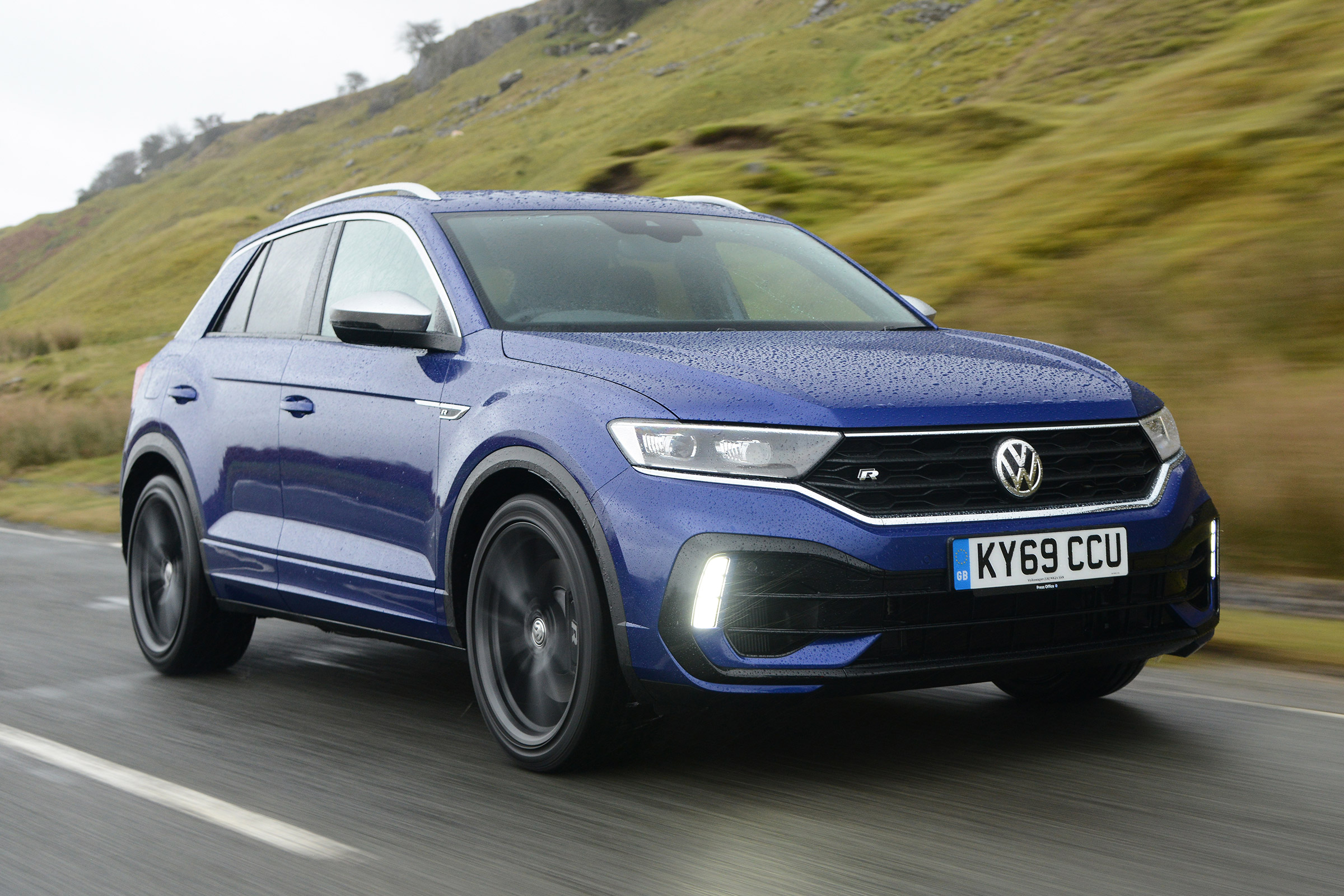 new volkswagen t-roc r 2020 review | auto express