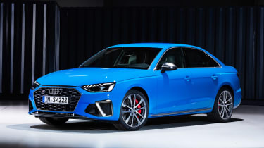 Audi S4 - studio front