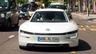 Volkswagen XL1 - full front