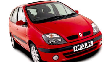 Front view of Renault Scenic