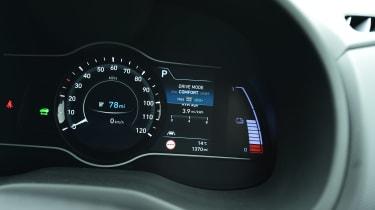 Hyundai Kona Electric - dials