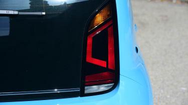 Volkswagen High up! 2016 - rear light