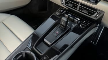Porsche 911 Carrera - centre console