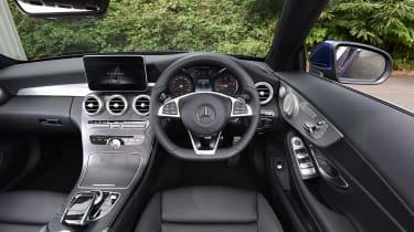 Range Rover Evoque Convertible vs Mercedes C-Class Cabriolet - C-Class interior