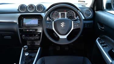 Suzuki Vitara 2015 interior