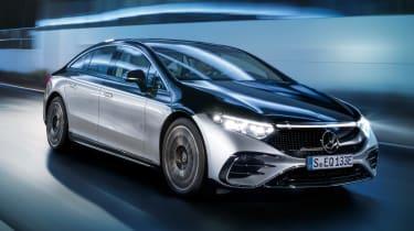 Mercedes EQS - front action